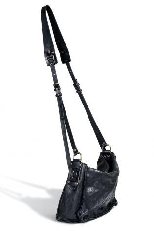 teo + ng - Ledertasche MUTO Schulter-/Crossover-Tasche mittelgroß black - Winter 2022
