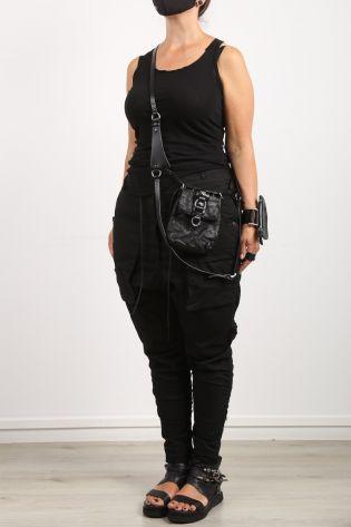 teo + ng - Leather carrier/belt bag ARISTO black - Winter 2022
