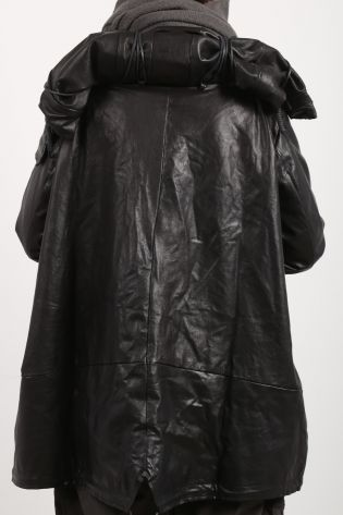 rundholz dip - Leather coat in balloon shape high collar with padding cushion black - Winter 2022
