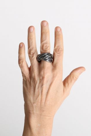 rundholz - Ring turned from 17 single rings silver black