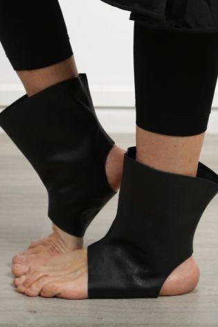 trippen - Lederstulpen black